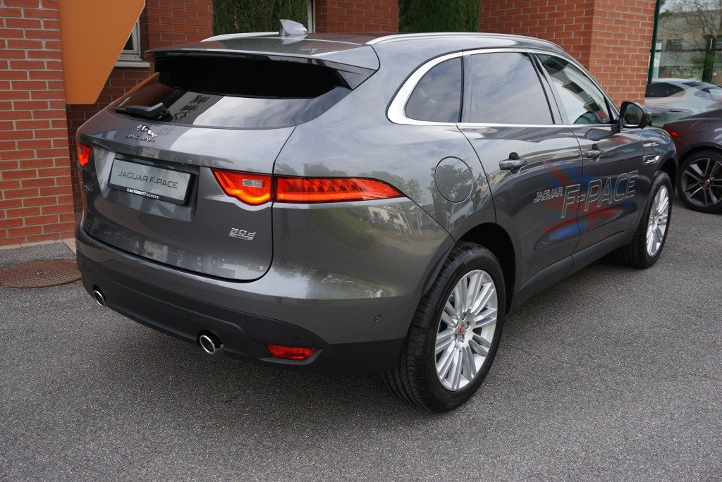 jaguar f pace 3 0 td portfolio awd automatik autobritt. Black Bedroom Furniture Sets. Home Design Ideas